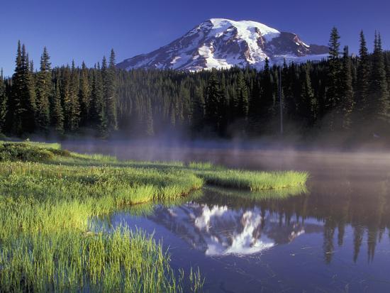 jamie-judy-wild-early-morning-on-reflection-lake-mt-rainier-national-park-washington-usa