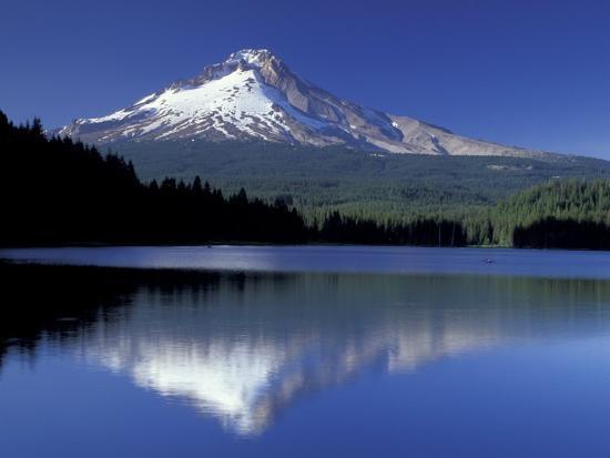 jamie-judy-wild-mt-hood-reflected-in-trillium-lake-oregon-usa