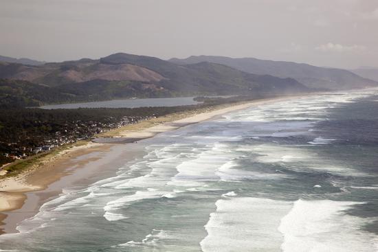 jamie-judy-wild-neahkahnie-beach-and-manzanita-and-beach-from-viewpoint-oregon-usa