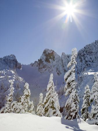 jamie-judy-wild-the-tooth-in-the-background-mount-baker-snoqualmie-national-forest-washington-usa