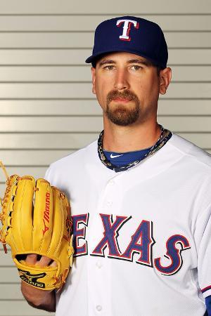 jamie-squire-surprise-az-february-28-texas-rangers-photo-day-michael-kirkman