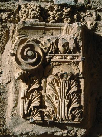 jane-sweeney-carved-detail-at-antonine-baths-carthage-l-ariana-tunisia