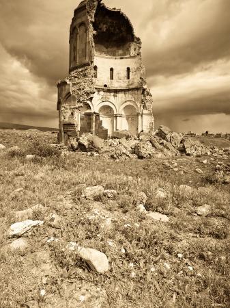 jane-sweeney-church-of-the-redeemer-ani-ruins-kars-eastern-turkey-turkey