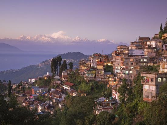 jane-sweeney-darjeeling-and-kanchenjunga-west-bengal-india