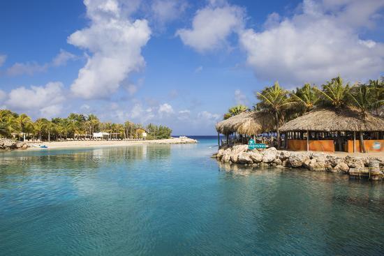 jane-sweeney-hemingway-beach-beach-bar-and-grill-willemstad-curacao-west-indies-lesser-antilles