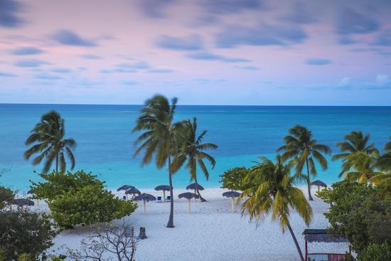 jane-sweeney-playa-esmeralda-holguin-province-cuba-west-indies-caribbean-central-america