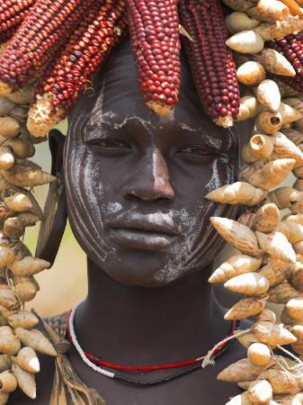 jane-sweeney-portrait-of-a-mursi-lady-south-omo-valley-ethiopia-africa