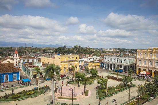 jane-sweeney-view-of-parque-serafin-sanchez-the-main-square-surrounded-by-neoclassical-buildings