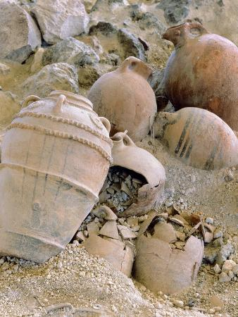 jars-unearthed-at-the-archaeological-site-of-akrotiri-on-thera