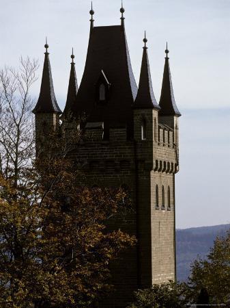 jason-edwards-fairytale-turret-at-burg-hohenzollern-castle-1850-1867-in-bavaria
