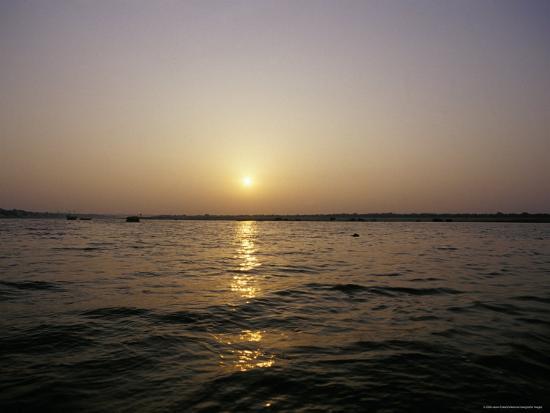 jason-edwards-peaceful-scene-of-the-holy-ganges-river-aka-the-ganga-river-at-dawn