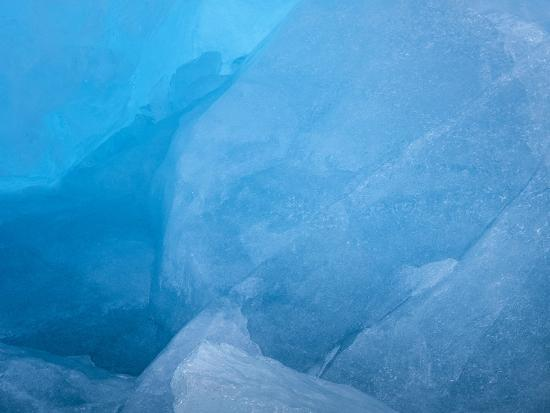 jaynes-gallery-arctic-ocean-norway-svalbard-close-up-of-glacier-ice