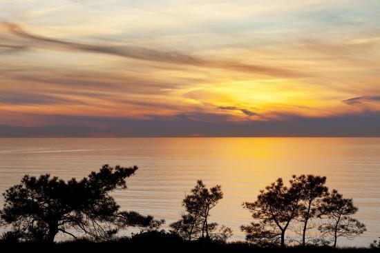 jaynes-gallery-sunset-on-ocean-la-jolla-california-usa
