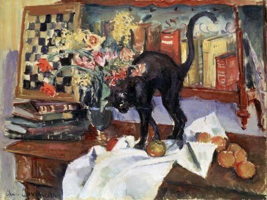 jean-joveneau-still-life-with-a-cat-1912