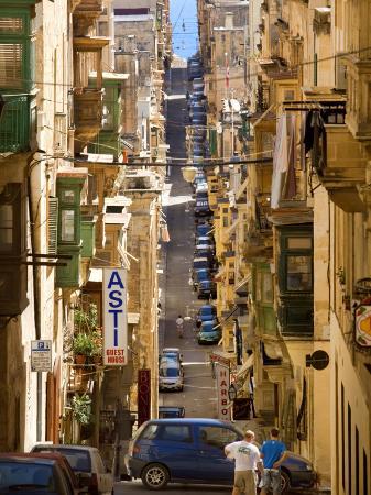 jean-pierre-lescourret-street-in-valletta