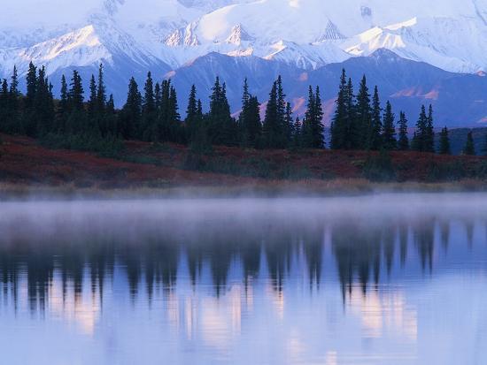 jeff-vanuga-alaskan-range-reflected-in-wonder-lake