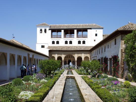 jeremy-lightfoot-generalife-alhambra-palace-unesco-world-heritage-site-granada-andalucia-spain-europe