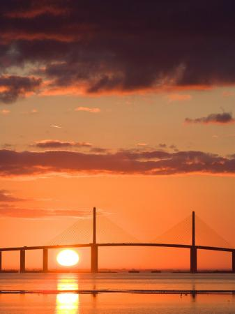 jerry-marcy-monkman-sunrise-behind-sunshine-skyway-bridge-florida-usa