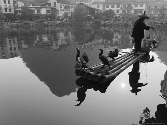 jochen-schlenker-cormorant-fisherman-yangshuo-guangxi-province-china-asia