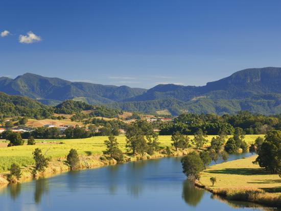 jochen-schlenker-tweed-river-near-murwillumbah-new-south-wales-australia-pacific
