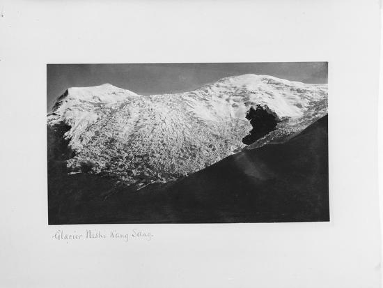 john-claude-white-glacier-nishi-kang-sang-at-karola-tibet-1903-04