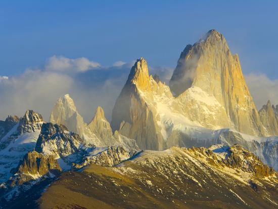 john-eastcott-yva-momatiuk-rugged-mountain-peaks