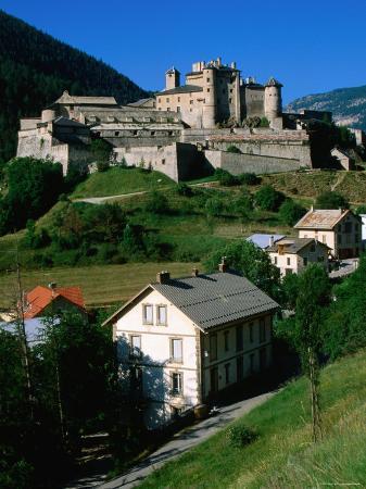 john-elk-iii-chateau-queyras-for-by-vauban-queyrac-near-bordeaux-bordeaux-aquitaine-france