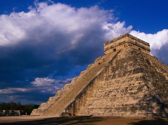 john-elk-iii-the-castle-el-castillo-also-known-as-pyramid-of-kukulcan-chichen-itza-mexico