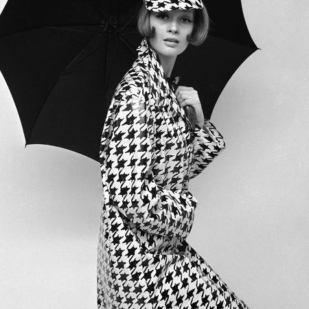 john-french-belted-tweed-suit-spring-1964