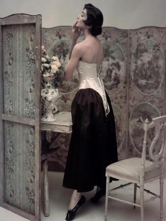 john-rawlings-vogue-october-1947