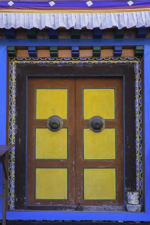john-woodworth-door-at-the-buddhist-monastery-in-tengboche-in-the-khumbu-region-of-nepal-asia