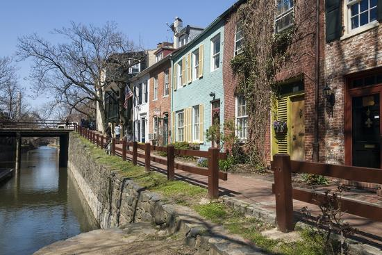 john-woodworth-old-houses-along-the-c-and-o-canal