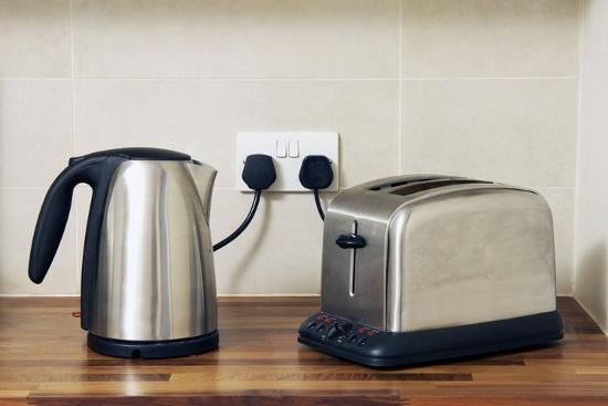 johnny-greig-electric-kettle-and-toaster