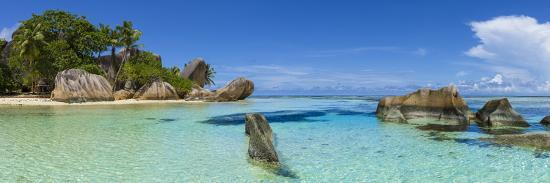 jon-arnold-anse-source-d-argent-beach-la-digue-seychelles