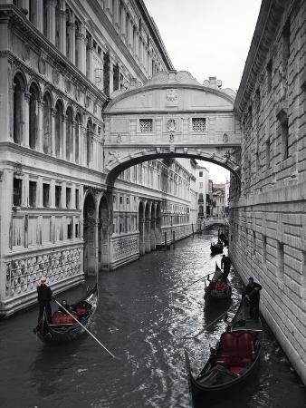 jon-arnold-bridge-of-sighs-doge-s-palace-venice-italy