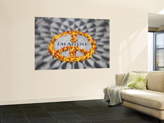 jon-arnold-mosaic-commemorting-john-lennon-strawberry-fields-central-park-manhattan-new-york-city-usa