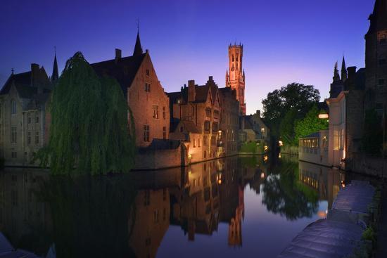 jon-hicks-canal-at-sunset