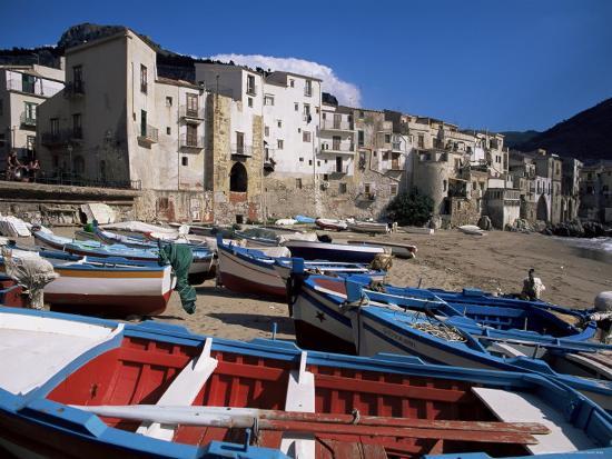 julian-pottage-fishing-harbour-and-porta-pescara-beyond-cefalu-island-of-sicily-italy-mediterranean