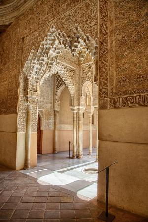 julianne-eggers-interior-of-alhambra-palace-in-granada-spain