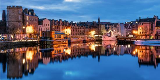 karen-deakin-the-shore-leith-edinburgh-scotland-united-kingdom-europe