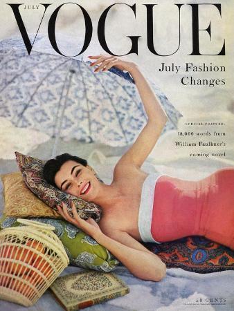 karen-radkai-vogue-cover-july-1954-beach-babe