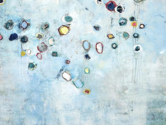 kari-taylor-float-away