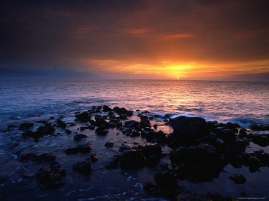 karl-lehmann-sunset-over-the-pacific-ocean-from-near-mala-wharf-lahaina-maui