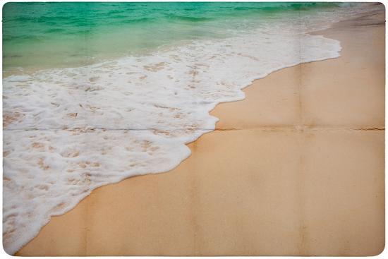 katja-piolka-dream-beach-paper-background