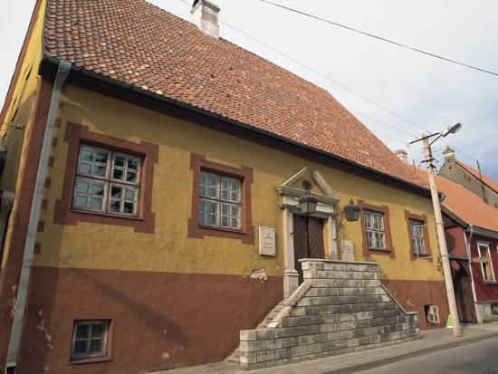 ken-gillham-parnu-estonia-baltic-states-europe