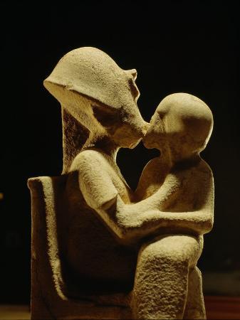 kenneth-garrett-akhenaten-with-child-egyptian-museum-amarna-cairo-egypt