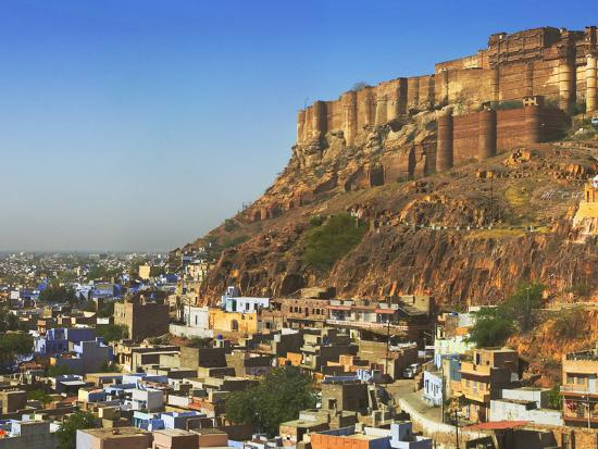 keren-su-cityscape-of-the-blue-city-with-meherangarh-majestic-fort-jodhpur-rajasthan-india