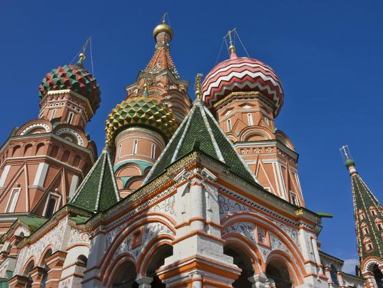 keren-su-st-basil-s-cathedral-in-red-square-moscow-russia