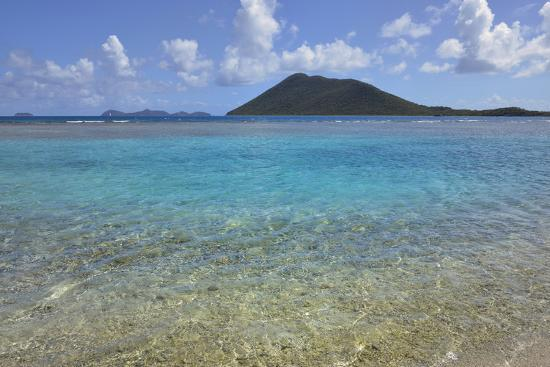 kevin-oke-british-virgin-islands-marina-cay-shallow-reef-at-marina-cay-with-beef-island-in-the-background