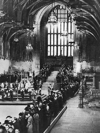 king-george-v-lying-in-state-in-westminster-hall-london-january-1936